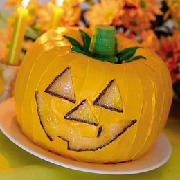 pumpkin-cake-o-lantern-halloween-recipe-photo-260-ff1000halloa03.jpg