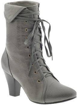 gray-boot.jpg