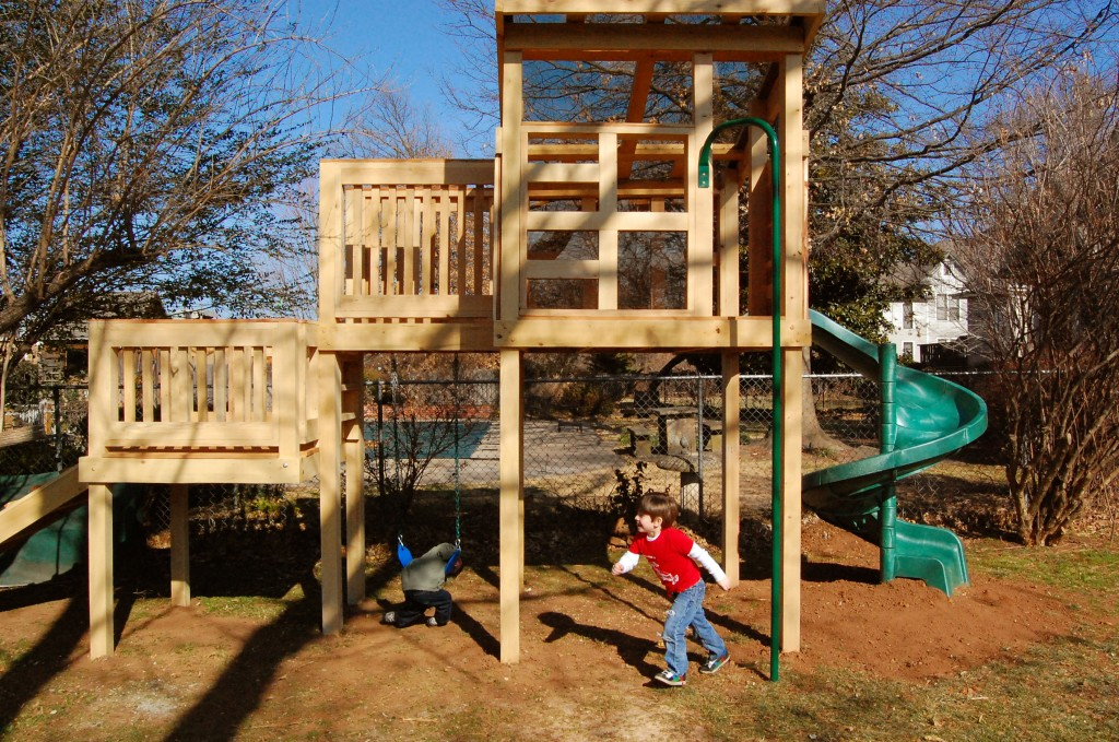 Image gallery 3 story playhouse for Awesome playhouse plans