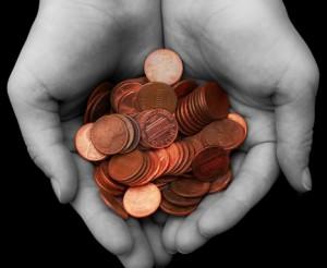 pennies_hands