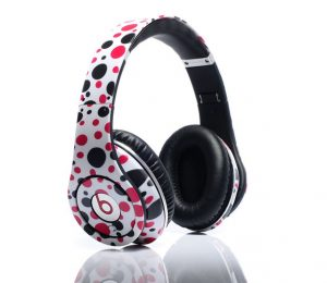 headphones polka dot