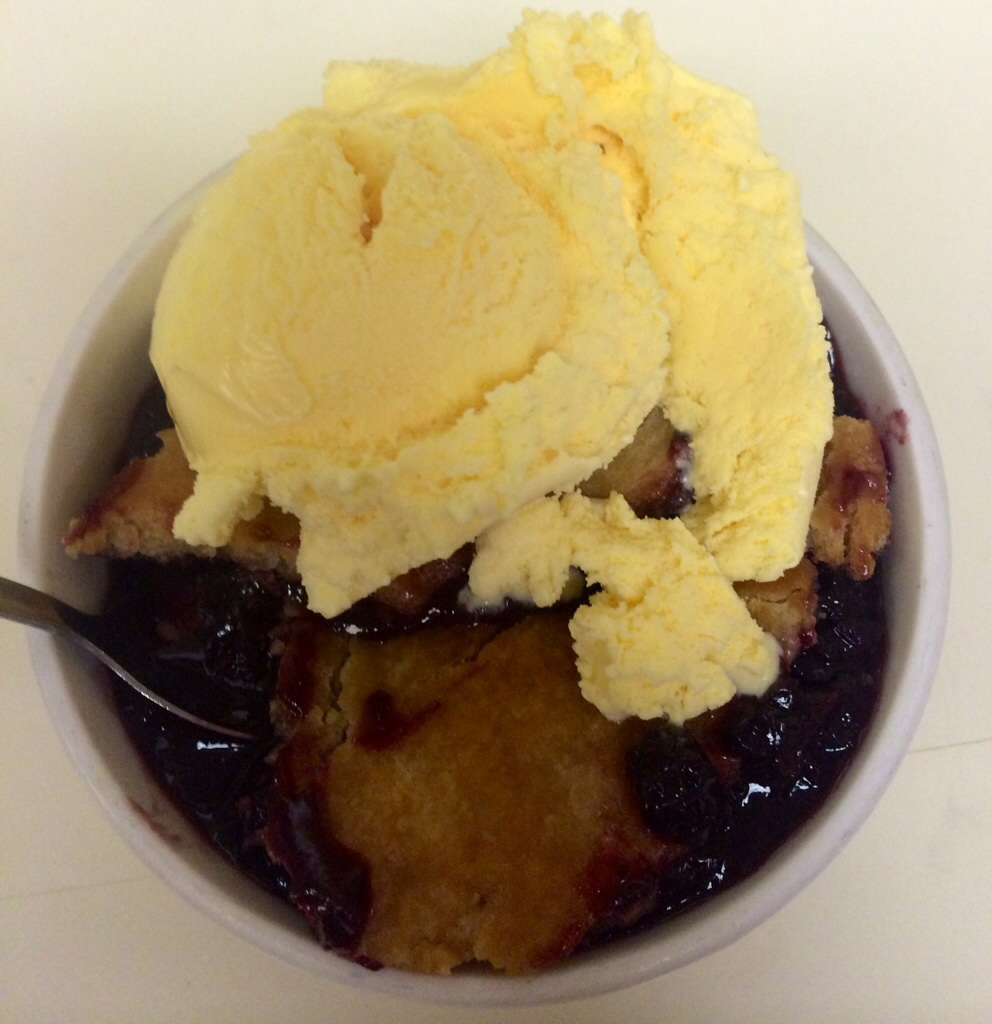 Monte Ne Chicken's blackberry cobbler