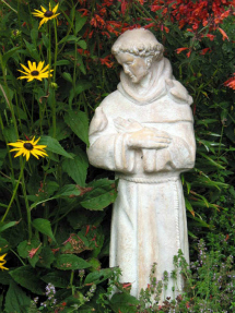 francis_statue_in_garden_large-3