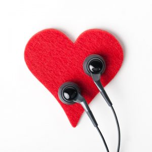 Ear buds, podcasting love